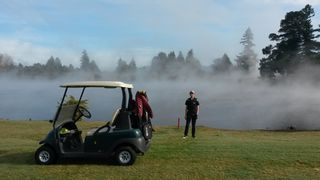 Tobias Playing The 16th Hole with Steam